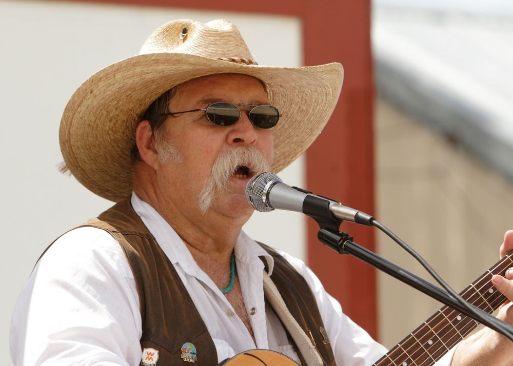 A man sings to the crowd at the 2014 Klickitat County Fair.